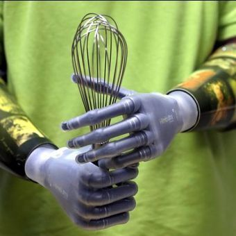 App lets amputees program their bionic hands - USA Today - USA TODAY (blog)   Health Care 3.0 (English & Dutch)   Scoop.it