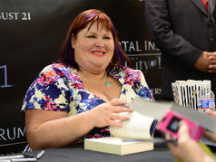 Cassandra Clare Will Introduce 'Dark Artifices' Characters In 'Mortal Instruments' Finale | About Books | Scoop.it