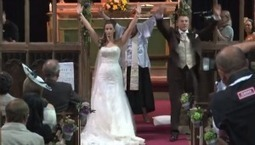 Officiant Participates in Flash Mob During Wedding Ceremony (VIDEO) - Babble | Flashmob | Scoop.it