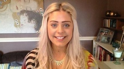 BBC - Newsbeat - Dentists' fears over High Street teeth whitening | AS Merit-Demerit goods | Scoop.it