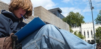 Students to e-textbooks: no thanks | Librarianship & More | Scoop.it