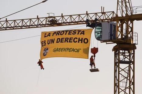 Convocadas Movilizaciones en todo el País para combatir '#LeyMordaza - Greenpeace se sube a la grúa del Congreso #SinMordazas | La R-Evolución de ARMAK | Scoop.it