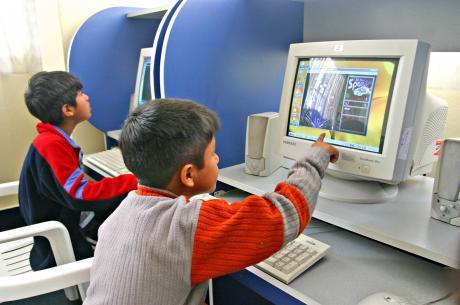 Uso de tecnología ayuda a incrementar sedentarismo infantil - Diario Correo   Fénix Comunicación   Scoop.it