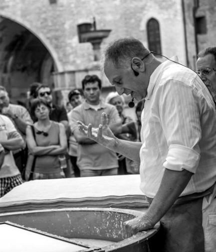 Sandro Tiberi: desideri fatti di carta | Le Marche un'altra Italia | Scoop.it