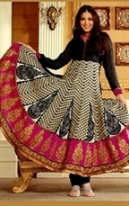 Glorious Collection of Anarkali Salwar Kameez/Suits Online at IndianWardrobe | Indian Wardrobe | Scoop.it