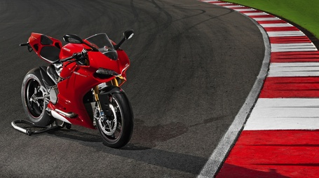 Survey | 1199 Panigale | What color should it be? | Ductalk | Scoop.it