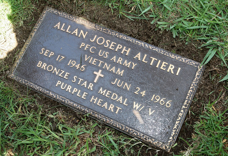 Fallen soldier from Glendale honored with gravestone 50 years after his death in Vietnam | World at War | Scoop.it