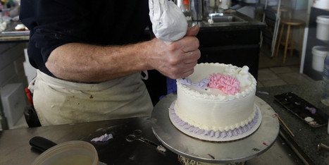 Colorado's Masterpiece Cakeshop At Center Of Gay Rights Battle - Huffington Post | GLBTAdvocacy | Scoop.it