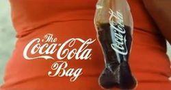 Le Coca-Cola en sachet ? Un canular ! | Actualité de l'Industrie Agroalimentaire | agro-media.fr | Scoop.it