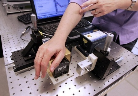 Laser device detects blood glucose levels without the finger-prick | Longevity science | Scoop.it