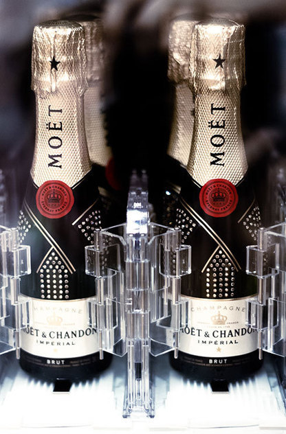 Moet & Chandon champagne vending machine | Grande Passione | Scoop.it