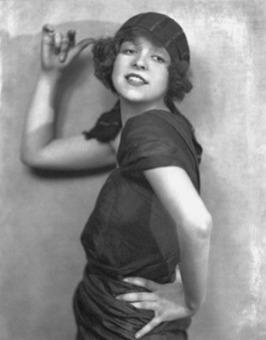 Stylish Dames: Retro Rebound with Vintage Fashion Fun ... | Gatsby | Scoop.it