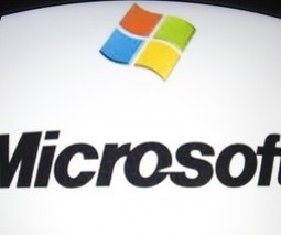 Microsoft adds Google Talk support to Outlook.com in a bid to woo Gmail users   Google   Scoop.it