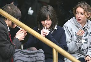 Teens ignore smoking health warnings | Stay in control - Holly morgan | Scoop.it