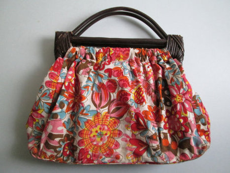 Wood handle floral tote BAG | Beautiful clothes | Scoop.it