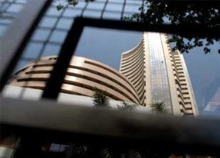 Sensex lackluster as FDI debate makes investors stay on sidelines - The Economic Times   University of Malaga, Tourism   Scoop.it