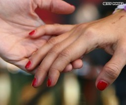 Study: No. 1 way to romance? Digital courtship | Kickin' Kickers | Scoop.it