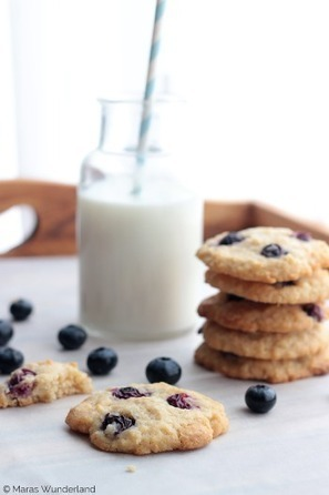 #RECIPE - Blueberry Coconut Cookies | The Man With The Golden Tongs Hands Are In The Oven | Scoop.it