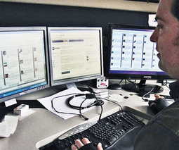 Tweeting the news: Andy Carvin test-pilots Twitter journalism   Periodismo Ciudadano   Scoop.it