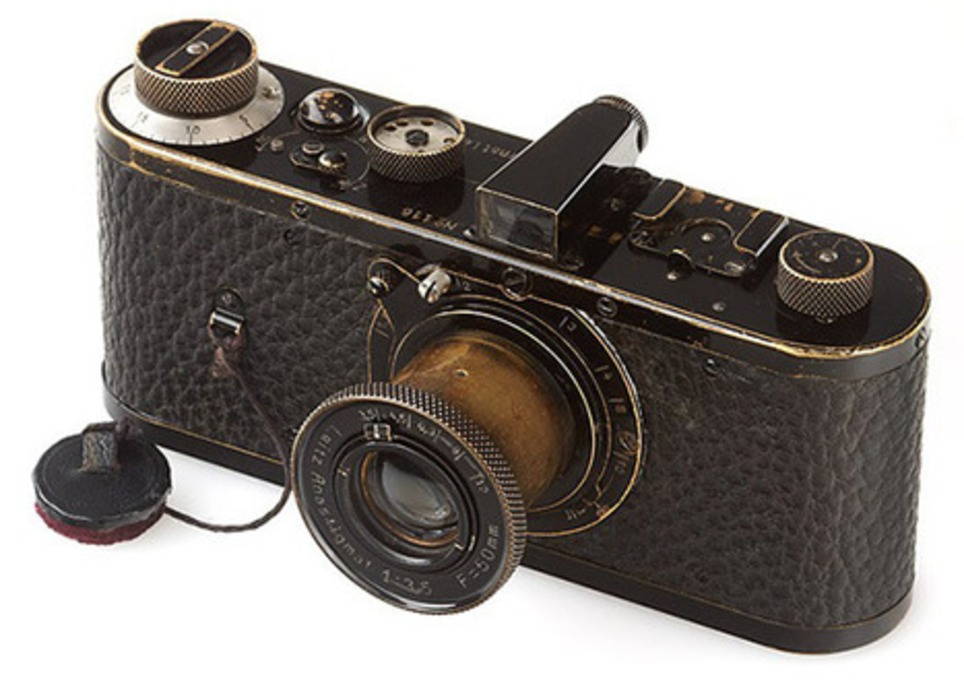 New world record for the most expensive camera: 2,790,000 USD for Leica 0-Serie | Livres photo | Scoop.it