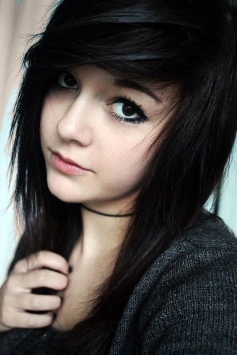 25 Cute And Cool Emo Pictures For Girls   creativemisha   Graphics Heat   Scoop.it