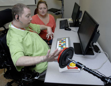 Computer lab created for people with disabilities - Bloomington Pantagraph | Computer Assisted Language Learning and Brain Science | Scoop.it