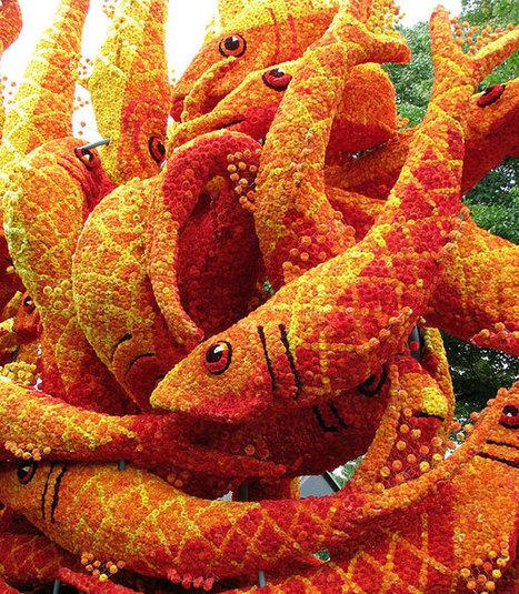 Gigantic Flower Sculptures at the Bloemencorso Flower carnival in Zundert, Netherlands | Incredible Snaps | Bloemenmeisje van amersfoort | Scoop.it