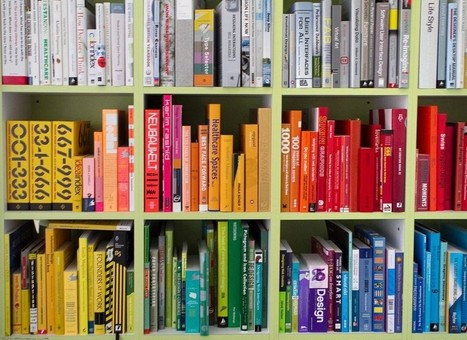 Arranging your books by color is not a moral failure | The power of words | Scoop.it