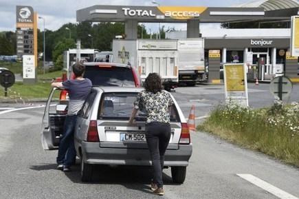 Va-t-on manquer d'essence en France ? - 1jour1actu | 1Jour1Actu | CLEMI : Infodoc.Presse-Jeunesse | Scoop.it