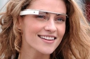 Facebook et Twitter arrivent sur les Google Glass | MediaBrandsTrends | Scoop.it