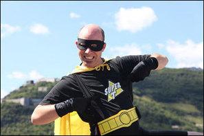 UNIVERSO HQ | QUADRINHOS | Super-herói da vida real defende o meio ambiente na França | Heróis fantasiados da vida real | Scoop.it