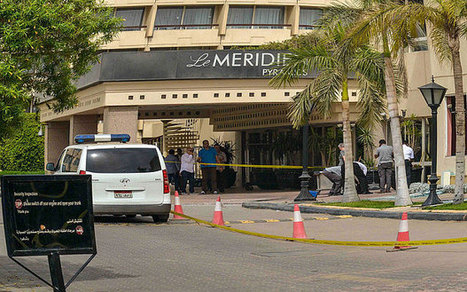Four people injured in bomb blast near hotel close to Egypt's pyramids | Terrorism | Scoop.it