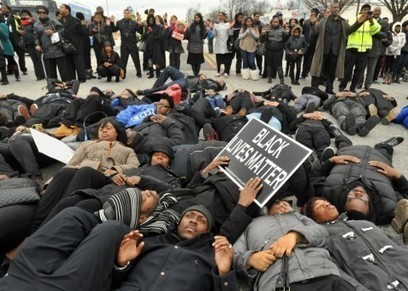 This is what white people can do to support #BlackLivesMatter | Community Village Daily | Scoop.it