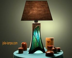 Des lampes de luxe en carton à construire vous-même, à acheter ou simplement à admirer | meubles et objets en carton | Scoop.it