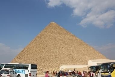 Egyptische piramiden: tussen woestijn en wereldstad - Voetsporen - Artikelen    Geschiedenis Beleven   geschiedenis   Scoop.it