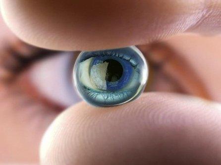 World's First Bionic Eye Receives FDA Approval   Le futur est (déjà) là #nbic   Scoop.it