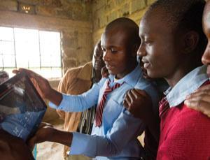 The Global Brain Spreads: Microsoft brings solar-powered Wi-Fi to rural Kenya | The Asymptotic Leap | Scoop.it