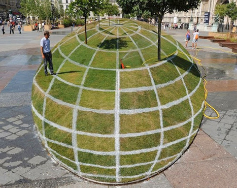 3D Grass Globe Illusion at Paris City Hall | AP HUMAN GEOGRAPHY DIGITAL  STUDY: MIKE BUSARELLO | Scoop.it