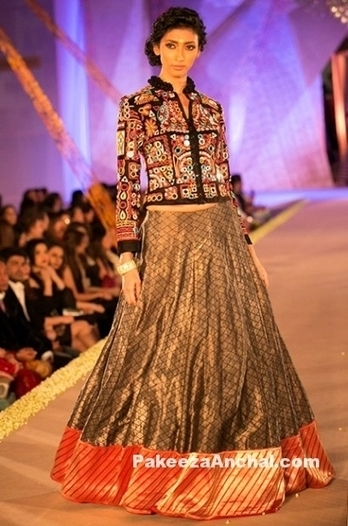 Modern style Regal Thread Collection 2016 by Manish Malhotra | Indian Fashion Updates | Scoop.it