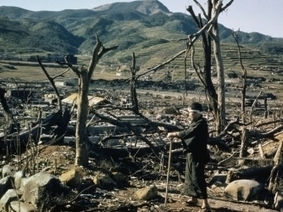 Bombing of Hiroshima and Nagasaki - World War II - HISTORY.com   Manhattan Project   Scoop.it