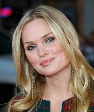 Sunny Mabrey Cast as Glinda on Once Upon a Time | Swan-Queen.com | Scoop.it