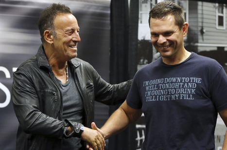 Bruce Springsteen Signs 'Born to Run' Books, Meets Lifelong Fans in New Jersey Hometown - Billboard | Bruce Springsteen | Scoop.it