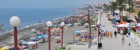 Torrox prohíbe reservar espacios en las playas con sillas o sombrillas | competa | Scoop.it