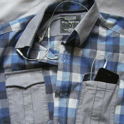This Shirt Has Special Pockets for Your Smartphone | Radio Show Contents | Scoop.it