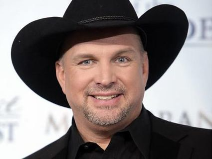 Which Garth Brooks song does Garth wish would've been a single?   Country Music Today   Scoop.it