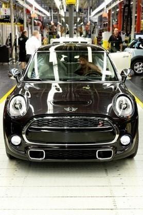 Mini : Quelques informations et la version 5 portes - Blog Automobile (Blog) | Mini | Scoop.it