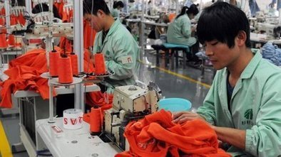 China 'overtakes' US as top trader | exporTT - Export Market Research Centre | Scoop.it