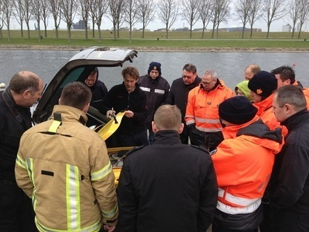 NEW PRODUCT DEMONSTRATION:  Z-Boat 1800S  Search and Recovery (SAR) Test with the Netherlands Fire Brigade | Ocean Science | Scoop.it
