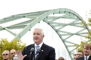 Governor urges compromise on key transportation bill   renting a van   Scoop.it