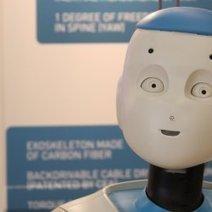 Reportage : les robots prennent le chemin des services à la ...   Domotique et handicap   Scoop.it